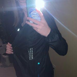 lululemon athletica Jackets & Coats - Lululemon Windbreaker